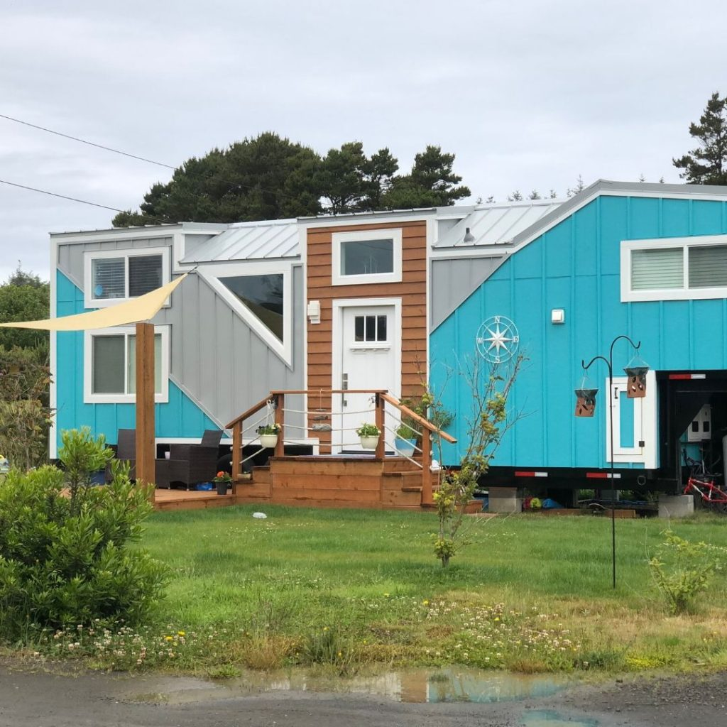 blue and brown tiny house