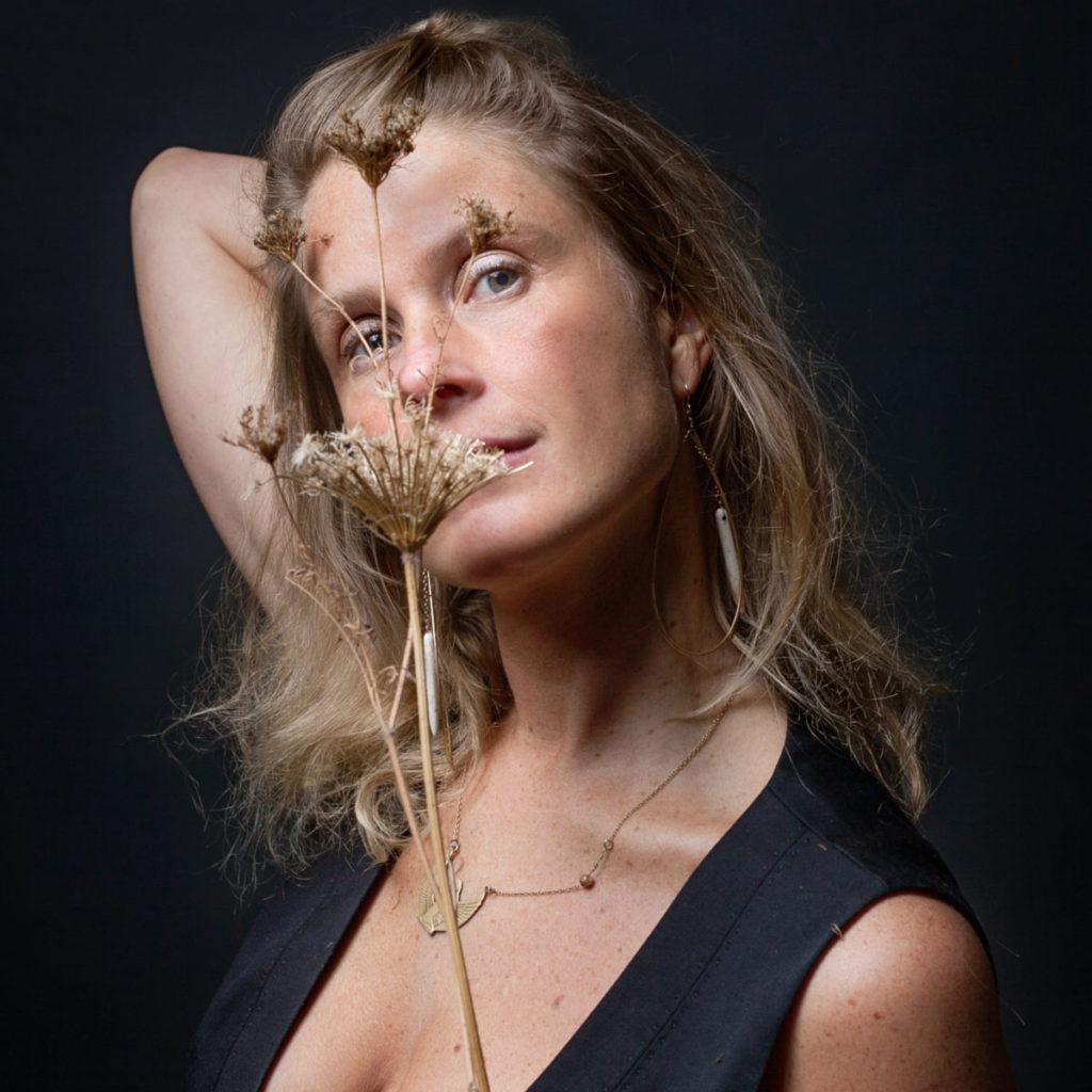 profile of Debbie Baxter, artist